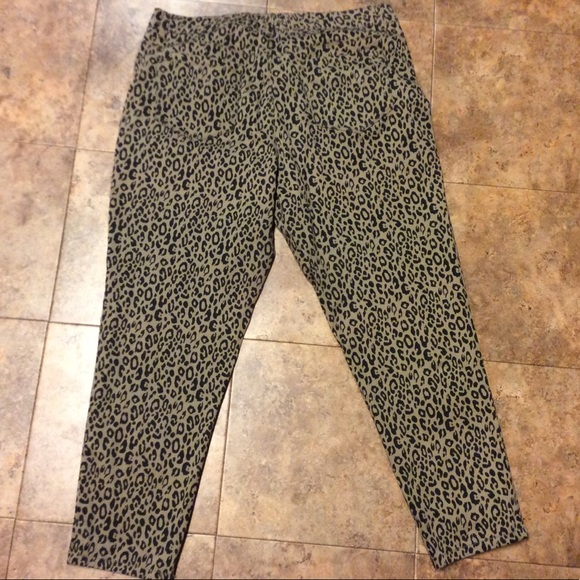 52bb6e58f80 Style   Co Pants - Plus Size Leopard Print Skinny Jeans By Style Co